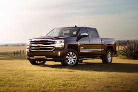 Chevy Trucks That Can Tow More Than 7,000 Pounds