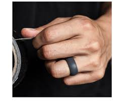 Best Silicone Wedding Rings For Men With Active Lifestyle Aw2k