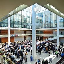 chicago booth mba essay questions analysis tips the central pulse of booth emanates from harper center s light filled six story atrium where it all happens from weekly socials to nobel laureate