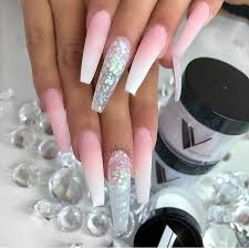 i ve been thinking about it so i ve selected 7 creative and easy ways for you to decorate your nails at home check out