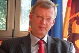 Nicolae Timofti și-a exprimat convingerea că domnul Matthias Meyer va reuși pe durata mandatului său să contribuie la impulsionarea relațiilor moldo-germane ... - Matthias-Meyer-ambasador-Germania-Republica-Moldova-