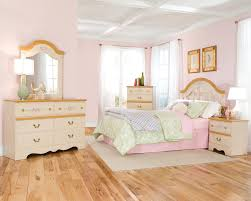 Little Girls Bedroom Sets Little Girls Bedroom Set