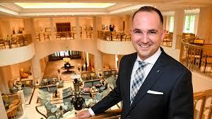 Hotel Manager Carsten Seubert Hotel Adlon Kempinski Berlin