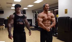 Looking Back: Mike O'Hearn blasts arms with the late Rich Piana