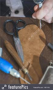 making shoes manual leather sandals