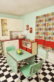 Retro Kitchen Furniture 17 Best Ideas About Retro Kitchen Tables On Pinterest Vintage