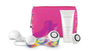BeautyStat.com's 2014 Holiday Gift Guide Review: 15 Best Buys For The  Beauty-Obsessed Gal: Clarisonic, LUSH, Charlotte Tilbury, Lancme, Korres,  FLOWER, ...