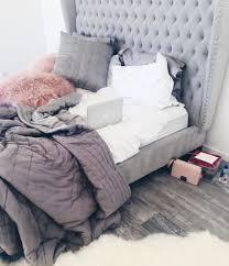30 Amazing College Apartment Bedroom Decor Ideas Apartment bedroom