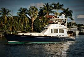 Legacy yacht was built in 2000 by broward. 52 Legacy Yachts 2004 Edmond Dantes Palm Beach Gardens Florida Sold On 2020 02 27 By Denison Yacht Sales