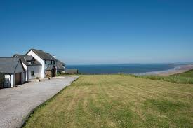 best places to a holiday home