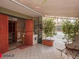 Bagni Esterni In Legno : Immobili esterni legno in affitto a palermo mitula case