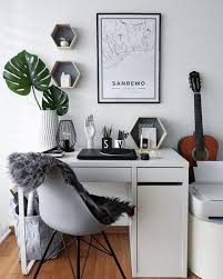 cool things for office desk. The Coolest Things To Put On Your Desk This Week Career Girl Daily For Cool Prepare 10 Office W