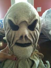 Transform your mannequins into scarecrows for Halloween. Creepy Scarecrow  Tutorial- Dollar store skull cover in burlap
