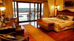 Safari Bedroom Queens Cottage Mweya Safari Lodge
