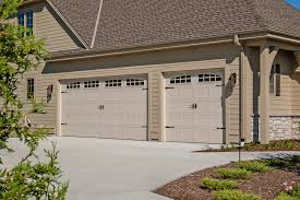 carriage garage doorCarriage Garage Doors How To Deal With That   TomichBroscom