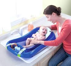 safety 1st newborn to toddler bath tub we used this when was 5 weeks old and safety 1st newborn to toddler bath
