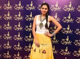 Fashion Designers In Chennai Andrea Jeremiah Looked Stylish At Zingbi Designer Store