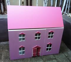 build a doll s house all