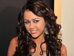 the miley cyrus blue eyes meme is either hilarious or deeply unsettling