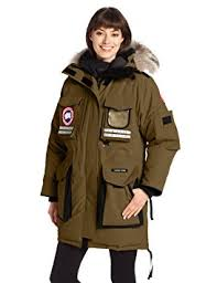 Canada Goose Women s Snow Mantra Parka, Military Green, Large