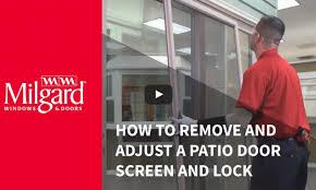 how to remove a patio door screen