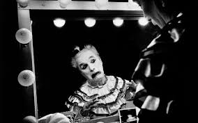 tears of a clown peter ackroyd s biography of charlie chaplin comic timings chaplin as calvero in the 1952 film limelight photo magnum