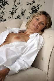 Sexy Mature Single Woman Nude