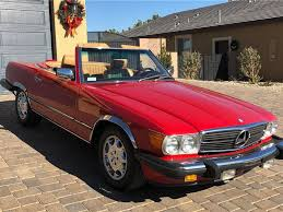 Bridging the gap between the vintage sl models and the modern sl of today, the third generation sl has long been a classic. 1987 Mercedes Benz 560sl Convertible Sold At Barrett Jackson Scottsdale 2018 Classic Com