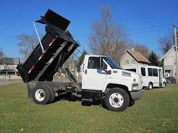 chevy 7500 zeppy io 2007 chevy kodiak c7500 10 ft hd dump box low miles 7 8l diesel only 84k