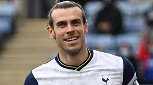 In 2016, bale signed a contract extension with real madrid through june 2022 that is worth up to $33 million in salary and bonus annually. Gareth Bale Tottenham Loan Forward Will Wait Until After Euro Before Revealing Future Plans Football News Insider Voice
