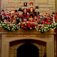 Nutcracker collection/My Mom has a nutcracker collection/ will have to try  this decoration