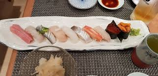 <b>10 pcs sushi</b> set - Picture of Tensho Japanese Restaurant, Hong Kong