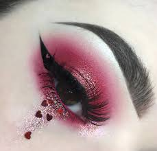 so s this valentine s day wear your heart on your eyes and also tell us which one is your favorite eye makeup in the ment section below