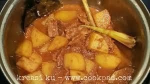 Jika dimasak di amerika, menggunakan saus barbeque. Semur Daging Sapi Pedas Dimanaja Com