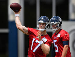 Tennessee Titans Depth Chart 2012 First Glimpse Of Ryan Tannehill Practicing In A Titans Uniform