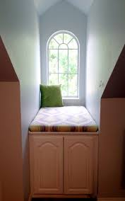 Bedroom Dormer Window Alcove Is Filled With A Builtin Window Seat - Bedroom windows