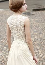 our favorite bridal style wedding dresses with unique backs and