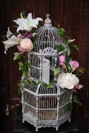 A sweet way to detail a birdcage. Perfect for guests to fill with their  cards