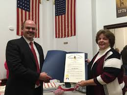 heath vannatter state of na house of representatives vannatter presents sagamore award to outgoing county recorder