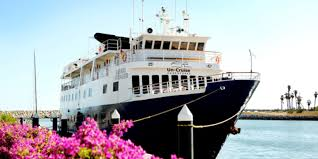 Safari Voyager: UnCruise Adventures ship explores Central America.