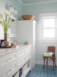 10 Small Bathroom Color Ideas