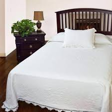 bedspread white bedspreads coverlet target king down comforter queen size cotton single full fitted bedspread