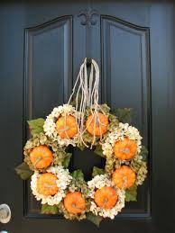 front door hangings67 Cute And Inviting Fall Front Door Dcor Ideas  DigsDigs