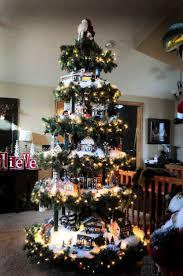Christmas Village-Base legs (4) 8 blocks to stand tree (2x4