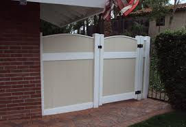 Vinyl fence gate hardware Driveway Oc Privacy Fence Gates Affordable Fencing Company Custom Vinyl Entry And Privacy Gates Orange County Ca Vinyl Arbors