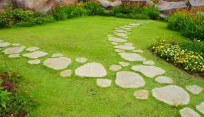 Diy Stepping Stones Diy Stepping Stones For A Gorgeous Landscape
