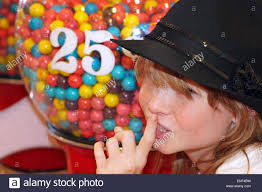 Bubble gum teeny bopper