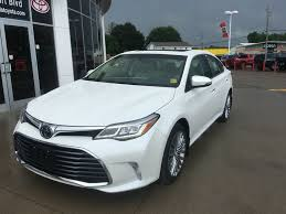 2018 toyota avalon limited. delighful 2018 whiteblizzard pearl 2018 toyota avalon left front corner photo in  brockville on with toyota avalon limited