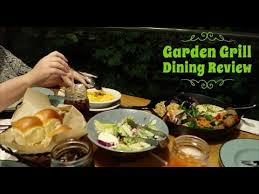 disney world dining review eating lunch at garden grill at epcot