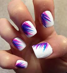 cool looking feather nail art design that is perfect for your summer escapades with friends